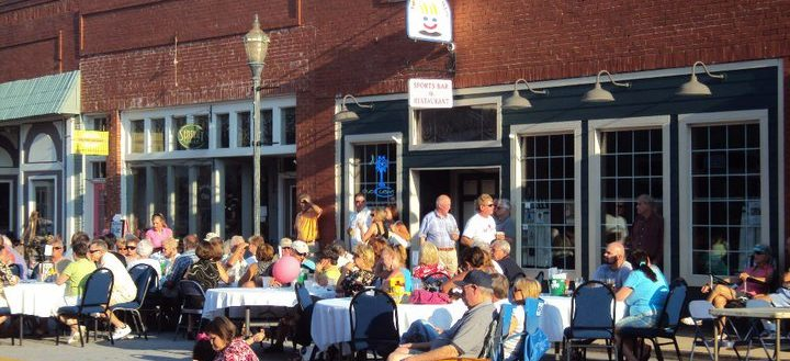 Concertgoers at downtown Seneca's Jazz on the Alley.