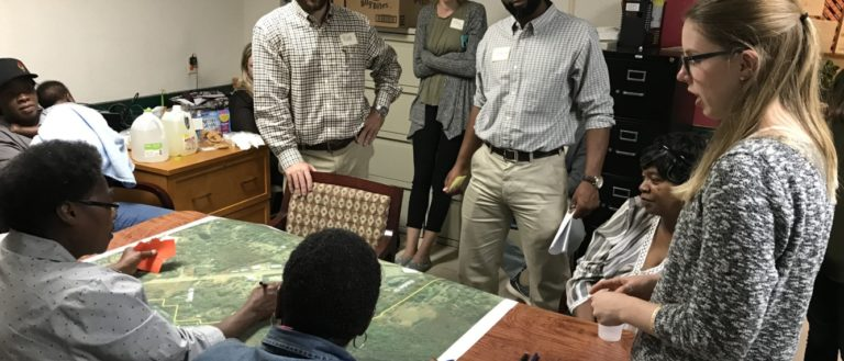 Clemson graduate students meet with City of Clemson residents.